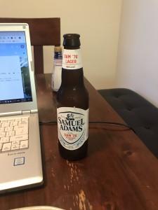 定番のサミュエルアダムズ。ビールの種類が豊富なのは、ちょっとした楽しみに。